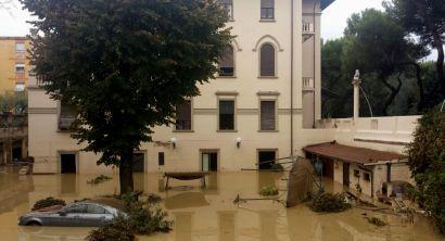 alluvione livorno viale nazario sauro
