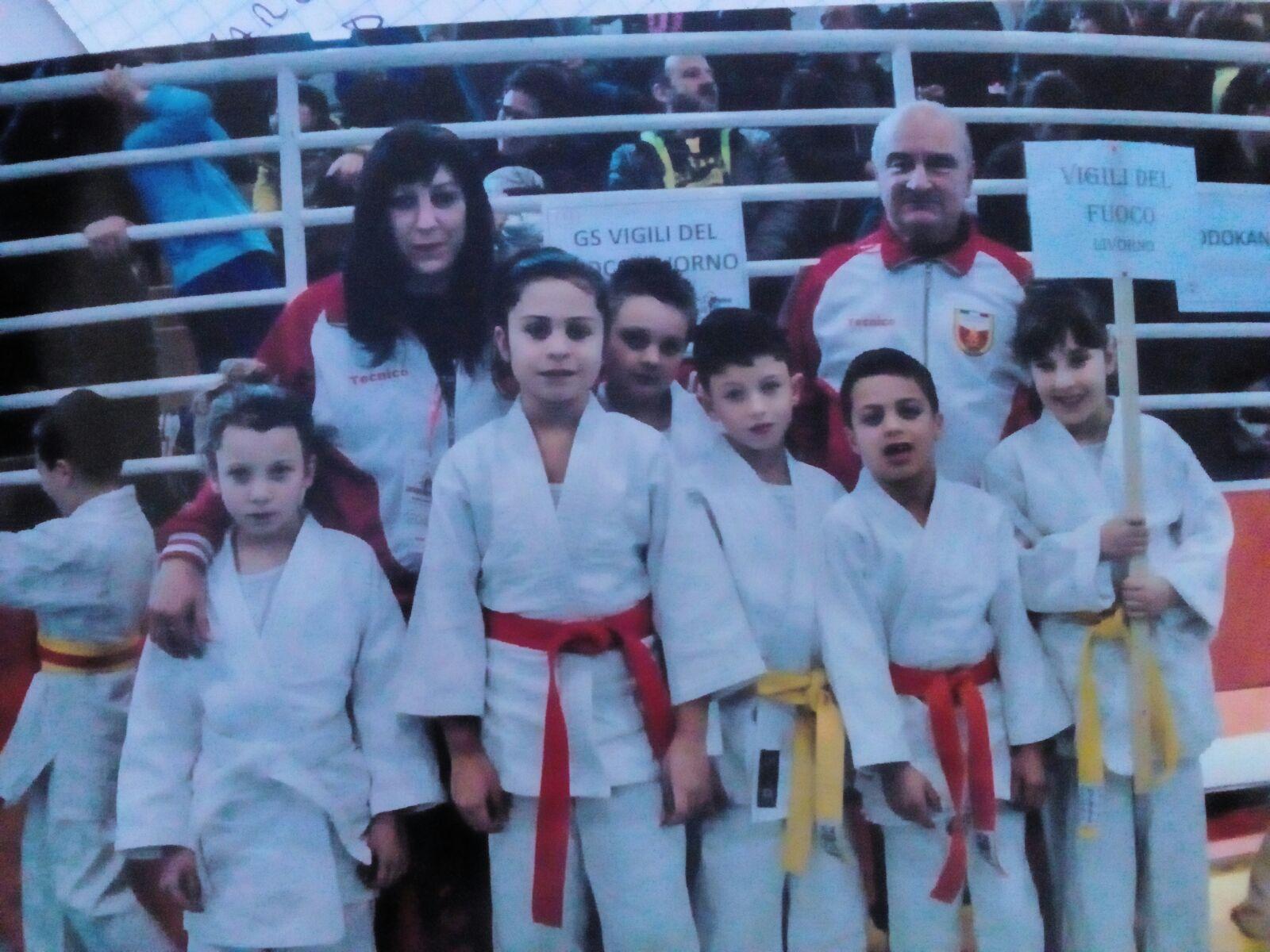 I piccoli judoka del gs vigili del fuoco conquistato 11 - Judo bagno a ripoli ...