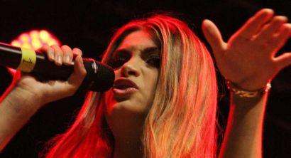 09 Emma Muscat  Radio Stop Festival,