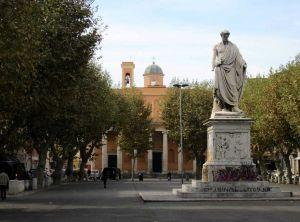 Soroptimist International vuole restaurare la statua di Ferdinando II