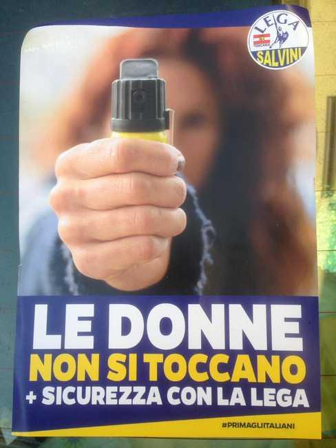 Spray urticante domani la la Lega lo distribuirà alle donne