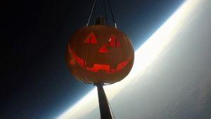Halloween, lanciata la zucca spaziale che misura i raggi cosmici