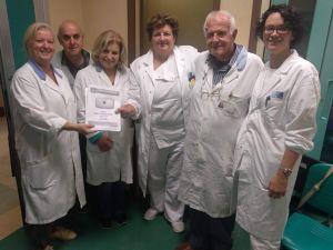 LivornoPress AVO donazione fasciatoio al reparto radiologia