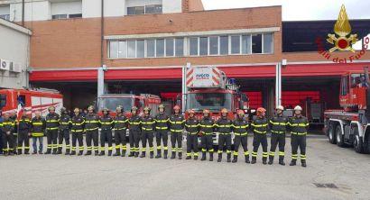 LivornoPress I Vigili del fuoco di Livorno si fermano per commemorare i colleghi deceduti a Quargnento (3)