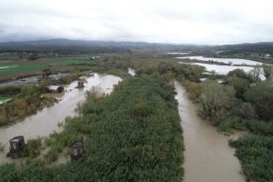 LivornoPress Matempo Piena del fiume Cecina, evacuate 500 persone.foto aeree