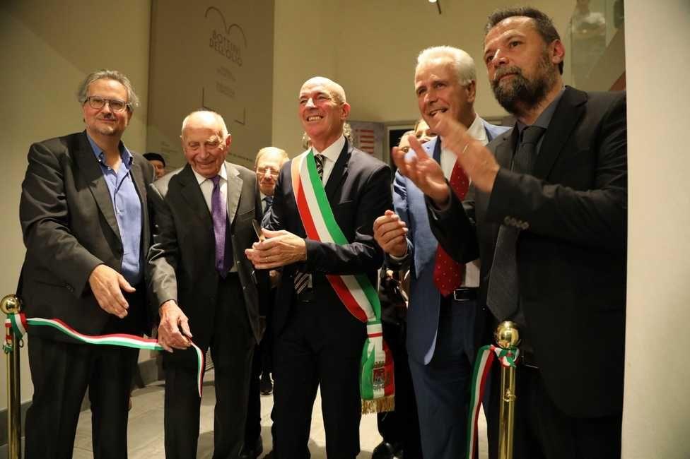LivornoPress Modigliani la festa dell'inaugurazione taglio del nastro