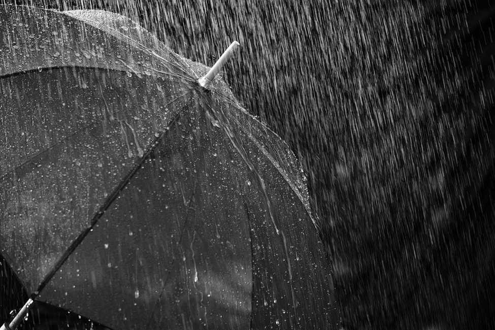 LivornoPress temporale ombrello pioggia