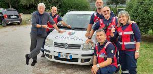 Richard Gere inaugura la macchina dell'associazione dei carabinieri sezione di Livorno