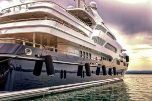yacht, immagine generica di archivio