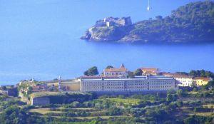 Forte longone carcere di porto azzurro