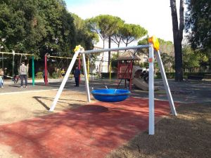 Altalena inclusiva Villa Fabbricotti