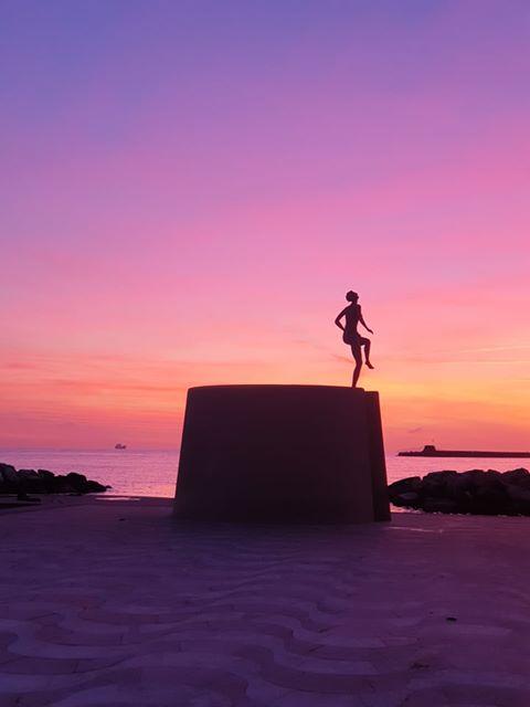 la ballerina, scoglio della Regina Livorno. Siluette al tramonto