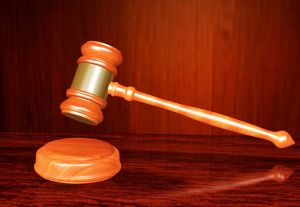 legge tribunale giustizia martello sentenza