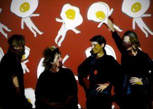 uovo-alla-pop-costume-e-società-galleria-design-gadjets-a-tema-uovo