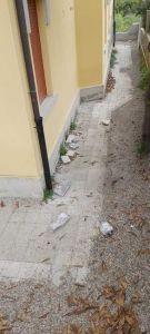 cornicione crollato scuola castelnuovo della misericordia