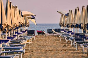 estate_spiaggia_ombrellone_stabilimento