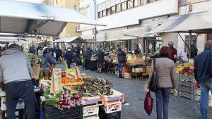 mercato piazza cavallotti