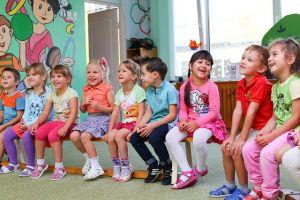 bambini asilo centro estivo