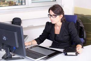 donna-lavoro-segretaria