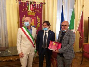 Consegnato il Premio Capperuccio 2020 allaCompagnia Mayor Von Frinzius