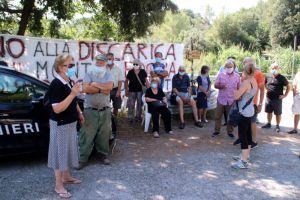 Limoncino, la prima uscita dopo il lockdown del comitato contro la discarica