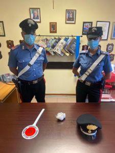 Sorpresi con la droga in auto, i carabinieri arrestano due albanesi