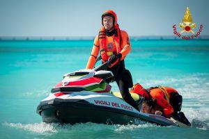 rosignano-vigili-del-fuoco-assistenza-soccorso-bagnanti-lillatro (1)