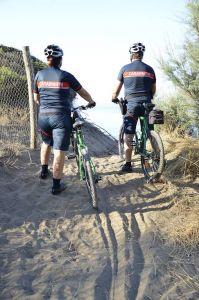 Carabinieri in bici ed in moto sempre più vicini ai cittadini
