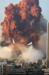 Estero, Libano - Esplosioni come da Atomica nella zona porto di Beirut