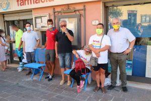 Panchine inclusive, continua l'installazione nel Comune di Rosignano (Foto)