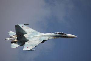 caccia russo Su-27M
