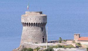 Capraia_Isola_-_Torre_del_Porto