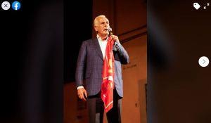 """Regionali, Giani sul palco con la bandiera del PCI, Barzanti: """"Ti capiamo perché non hai valori, ma ti diffidiamo a rifarlo"""""""