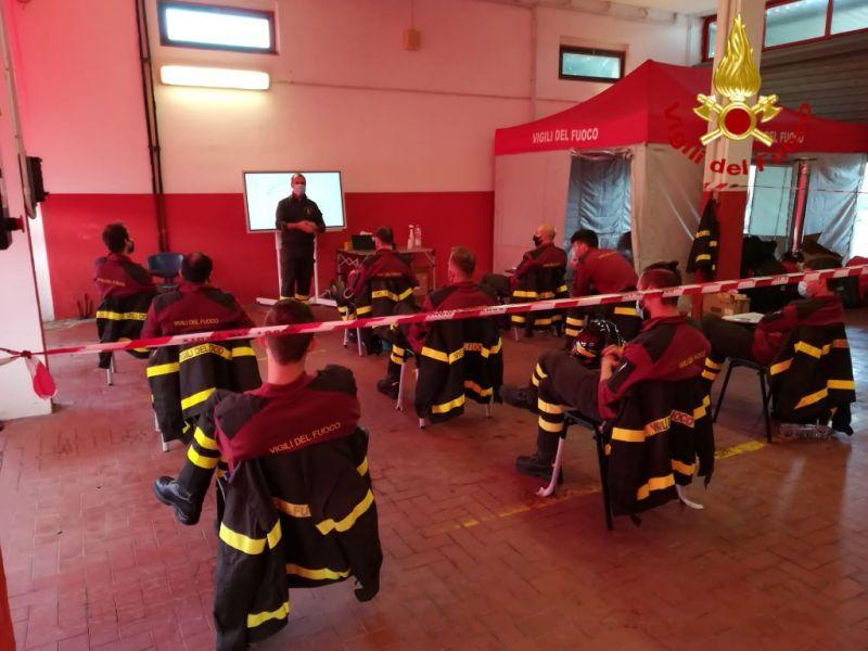 Elba Terminato il cosrso di formazione, diplomati 9 Vigili del Fuoco Volontari
