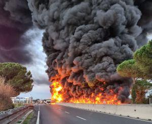 incendio autocisterna fipili