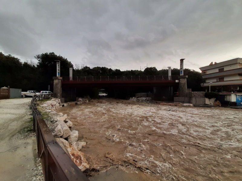 La foto Maltempo Livorno, il ponte Chioma