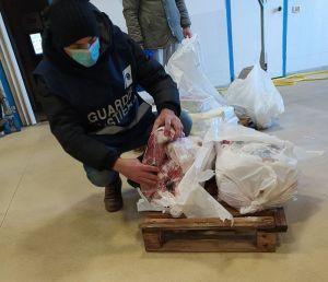"""Operazione """"FRONTIERE TRACCIABILI"""". Sequestrate 3 tonnellate di prodotti ittici"""