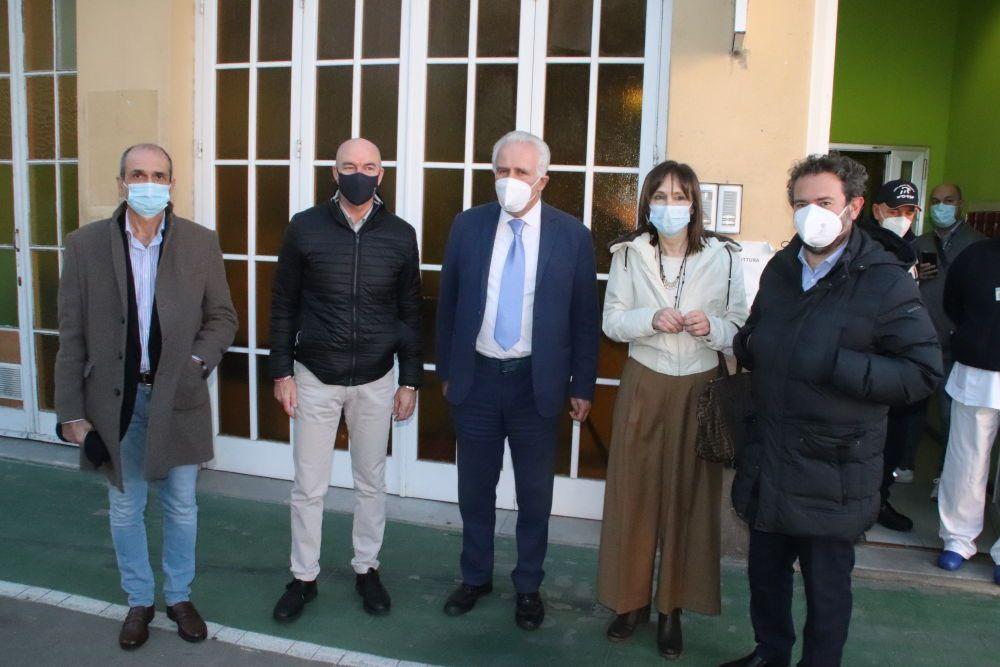 Vax Day, autorità, foto di gruppo