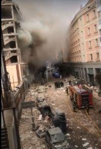 Mondo: Esplode palazzo nel cuore di Madrid, 3 morti