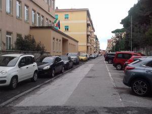 Fabbricotti, vigili e vigilini dove sono Oltre 50 auto in 4 vie che non dovevano esserci