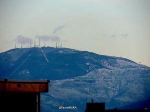 Il grande freddo, Apuane e monte Serra innevati negli scatti di Paolo Mura
