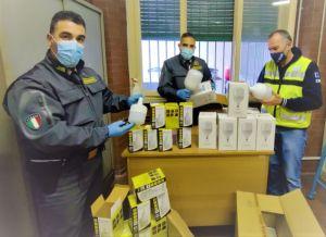 Porto di Livorno sequestrate oltre 1.000 lampade provenienti dalla Cina