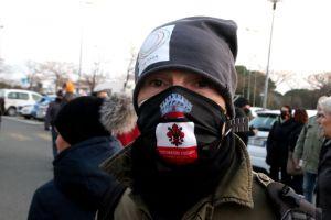 Protesta a oltranza in piazza Montecitorio, i ristoratori livornesi partono per Roma
