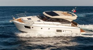 motoscafo-yacht-nautica