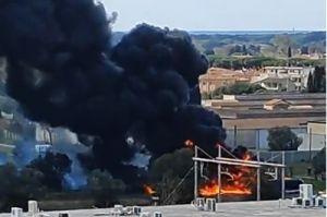 Cecina, incendio nel cantiere lavori all'acquedotto. Lippi Finestre chiuse non consumare ortaggi e frutta coltivati nell'area