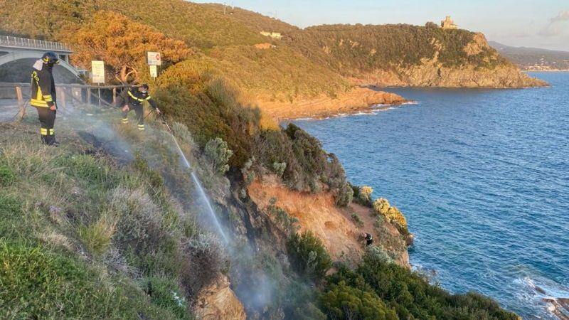 Incendio a Calignaia subito domato grazie alla segnalazione di una cittadina