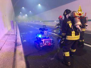 Incendio nella galleria di Rimazzano sull'A12, l'esercitazione dei vigili del fuoco (Foto)