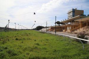 Viaggio all'interno dell'Ippodromo Caprilli, ecco come si presenta