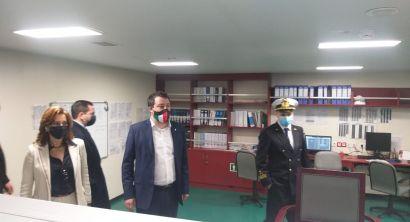 Salvini in visita alla nave Eco Livorno della Grimaldi