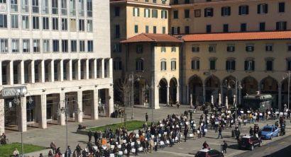 #salviamoleimprese, il terziario mobilitato in piazza Grande (11)